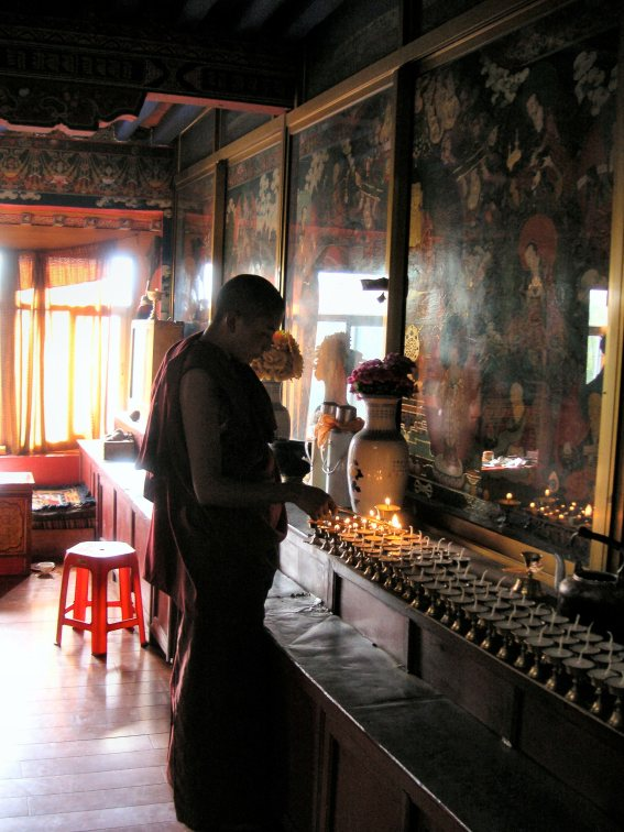 Palhalupuk cave temple - Tibet