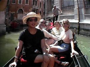 Glamour D in Gondola