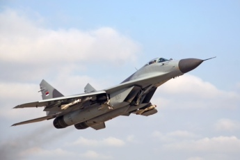 The MIG-29 climbs at 1000ft per second!!!