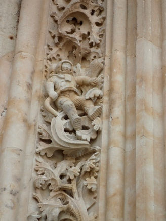 Modern astronaut carving on Salamanca church